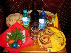 Gustarea de Inviere, la hotel (cod_gabriel) Tags: easter paste ou eggs inviere oua rosii pati pate nviere ou roii