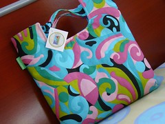Bolsa de mo  |  Handbag (Carina Esteves) Tags: handmade carina feitomo craft sew fabric cotton bolsa handbag tecido algodo esteves bolsademo carinaesteves