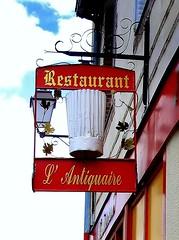 Bon apptit ! (Pendore) Tags: street colors famous toque rue enseigne lunchanddinner canong7 theperfectphotographer rubyphotographer pendore restaurantlantiquaire