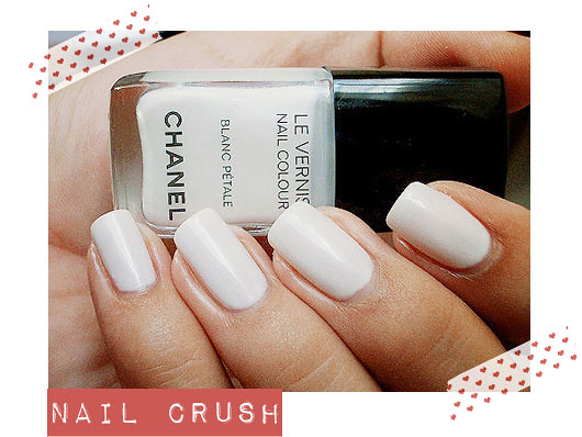 nails-crush