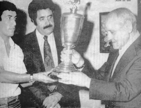 نجــوم الكرة الجزائرية.....تاريخ إنجازات 1537360666_77acf4418