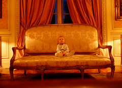 el principito (quino para los amigos) Tags: old portrait baby cute love cortina fashion kid glamour alone little antique amor curtain prince mini modelo sofa solo sit sentado playboy sillon lovely cushion antiguo bautista dandy cinzano principe chiquito