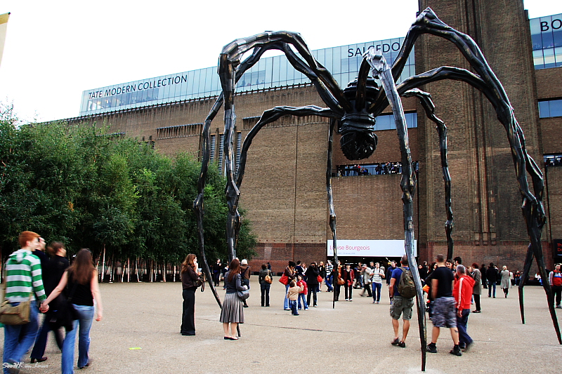 Spidey @ Tate Modern London