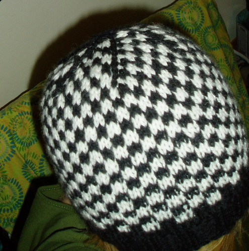 Black And White Checkered Hat With Pattern Knitting