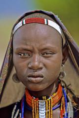 Ethiopia : Nyangatom #1 (foto_morgana) Tags: africa ethiopia omovalley tribes tribal ethnic nyangatom bume portrait beads women wonderfulworldmix arbore erbore herbore