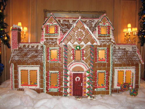 Giant Gingerbread House @ the Ritz