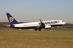 Ryanair EI-DHZ LTN (Howard_Pulling) Tags: airport boeing luton 737 737800 hpulling howardpulling