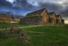 The Grassy Roof in the Central Icelandic Farms (Stuck in Customs) Tags: pictures from old travel roof panorama foothills tractor mountains beautiful grass lines farmhouse work fun photography iceland cozy nikon warm shoot photographer shot angle bright photos farm details central d2x perspective images adventure peat edge stunning pro lovely capture emotions plain hdr tutorial tiller triad grassy highquality travelphotography hdrtutorial stuckincustoms treyratcliff renowation torfbir
