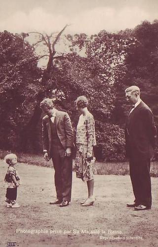 King Albert I (1875-1934) and Queen Elisabeth (1876-1965) 2433356179_2290efcfcb
