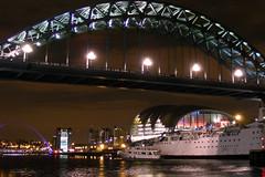 Tuxeduo Princes under Tyne bridge