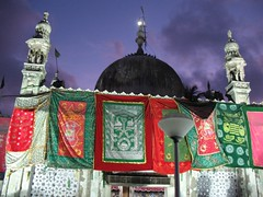 Haji Ali Dargah    (A Kamal Khan) Tags: india colors evening shrine asia colours muslim islam prayer tomb mosque arabic ali bombay maharashtra khan mumbai haji abdul masjid kamal hajiali devotions dargah abkamalkhan