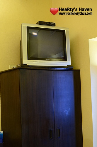 microtel tv and dresser