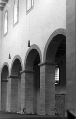 Bodenwerder 1974 Kemnade e (Arnim Schulz) Tags: church germany deutschland roman iglesia kirche chiesa alemania romanesque allemagne église germania niedersachsen románico romanisch romanik kemnade bodenwerder