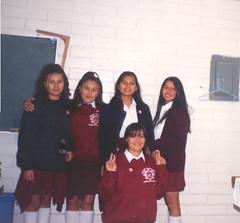 Segundo de Secundaria (Isha.Net*) Tags: school friends amigos mexico uniform yo nia middle 13 schoolgirls amistad secundaria ayer isha gilrs ishanet irmagarcia iiigm