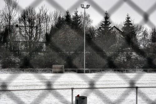 Ein verlassener Fußballplatz