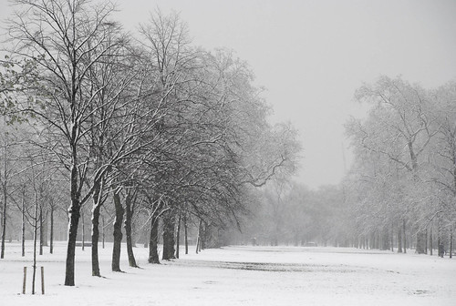 Snow over London 06.jpg