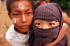 Kids  Mrauk'U (Julien Mailler) Tags: world travel people kids children asian julien asia burma burmese nationalgeographic birmans birmanie mrauku reflectionsoflife lovelyphotos jules1405 unseenasia mailler