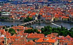 Vista de Praga.View of Prague (ironde) Tags: jon prague praga roofs tejados 2011 errazkin ironde