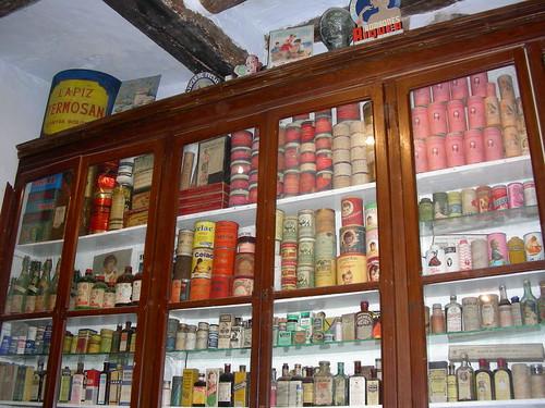 Farmàcia - Prestatgeria productes