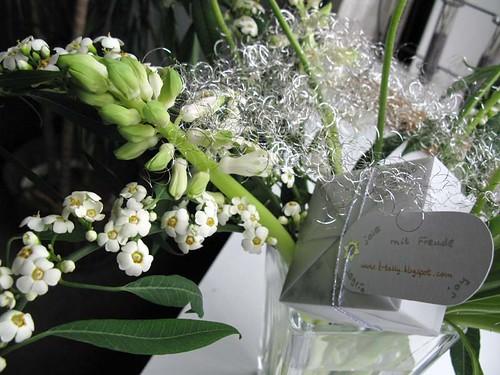 white presents3