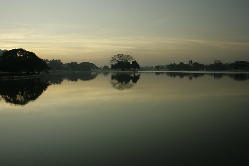 Sunrise on Ulsoor Lake 4