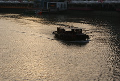 Sunset @ Singapore River (mr_tigercub) Tags: sunset singapore central bumboat singaporeriver colemanbridge