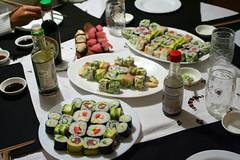 Banquete Sushi II (tamoecarrete) Tags: chile california santiago food sushi avocado foto comida cucumber evento roll navarro oriental tuna japonesa sesamo atun ignacio pepino palta banquete ciboulette thok thokrates tamoecl