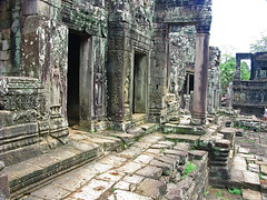 The Right Side of Bayon (Back to Nothing) Tags: trip travel vacation canon temple holidays asia cambodia tour unescoworldheritagesite siemreap angkor backpacker bayon angkorthom  g9 earthasia