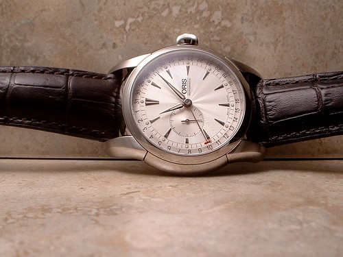 oris artelier pointer date