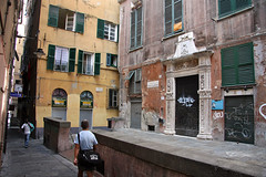 Carrugi (matteo_dudek) Tags: city italy port travels europa europe italia liguria genoa genova porto viaggi citt