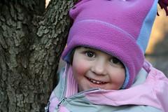 Antje Climbing a Tree (Catznbirdz) Tags: tree hat eyes climbing antje iloveyoursmile catznbirdz