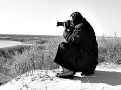 Getting The Shot (aZ-Saudi) Tags: sky bw white black nature water grass blackwhite sand nikon photographer desert arabic oasis saudi arabia coolpix d200 البر كشته ksa p4 الوان alhasa السعودية طبيعة سعودي صحراء اسود واحة مرينا ابيض مصور الاحساء arabin كشتات الاصفر mrgloob ِarabs