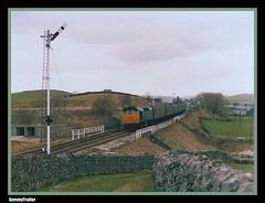 A rat at Horton-in-Ribblesdale (SemmyTrailer) Tags: train br locomotive sulzer hortoninribblesdale settletocarlisle class25