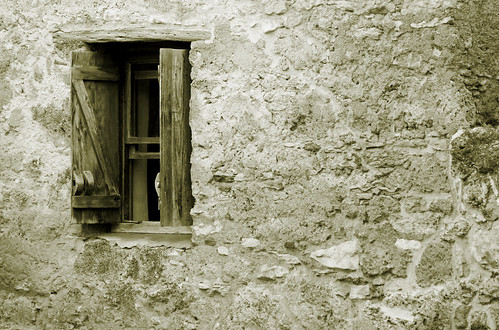 Mission Window_Monochrome