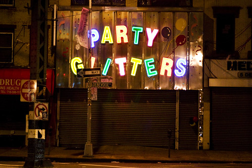 PARTY GLITTERS