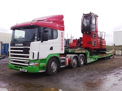 Dragon Rescue Low Loadering Crane (JAMES2039) Tags: rescue plant truck dragon low loader heavy tow towtruck recovery scania machinary heavyhaulage landoll 124l heavyrecovery dra989