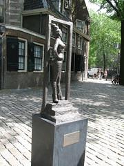 Amsterdam2 096 (dangitstim) Tags: holland netherlands amsterdam statue prostitute hooker