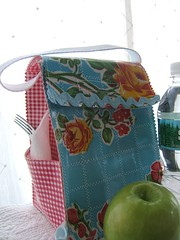 vintage rose and red gingham oilcloth lunchbag 002