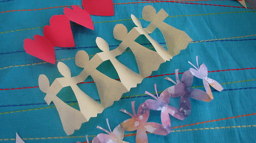 Paper Shape easy paper dolls and paper shapes families com