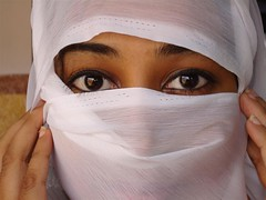Beauty Veiled (Elyou) Tags: white beauty eyes veiled veil indian amps abroadmaldivianphotographers