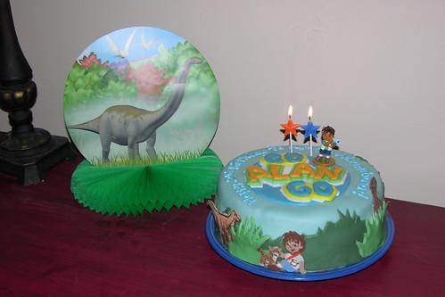Diego Dinosaur cake
