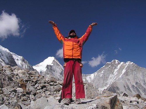 Trek with Tibetan Yoga around Mt Everest, Nepal, por Eric Lon.