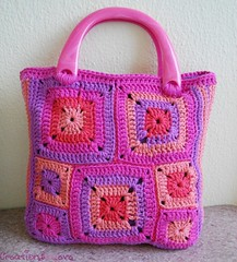modern granny squares crochet bag (6) (creationsbyeve) Tags: summer europe pretty purple handmade crafts crochet fuchsia funky greece homemade trendy handcrafted colourful etsy artisan crafting salmonpink grannysquares handmadegifts handcraftedgifts creationsbyeve etsygreekteam
