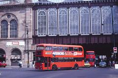 Strathclyde LA1351 Argyle Street (Guy Arab UF) Tags: street bus buses station glasgow central alexander argyle 1980 strathclyde leyland atlantean an68a1r la1351 rds565w