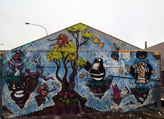 islands in the sky (moetje) Tags: streetart auckland seekayem crackedink yelz
