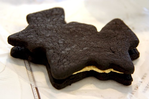 TKO bat cookie