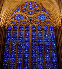 Lincoln Cathedral III - Lincolnshire, England (TontonJon) Tags: light art history church glass ancient cathedral stonework columns arches lincolnshire lincoln