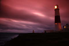 Portland Light (harrietbarber) Tags: longexposure england lighthouse night portland menacing tripod noflash dorset lateafternoon portlandbill latenovember explored graduatedfilter lighthousetrek veryverywindy dorsetphotographiccliche no348inexplorenov242007