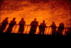 SOMBRAS A LA LUZ DE LOS FUEGOS ARTIFICIALES (ABUELA PINOCHO ) Tags: anna espaa rio noche sombras fuegos castellon artificiales cauce burriana cruzadas abigfave tepasaste colorphotoaward ltytr1 a3b betterthangood