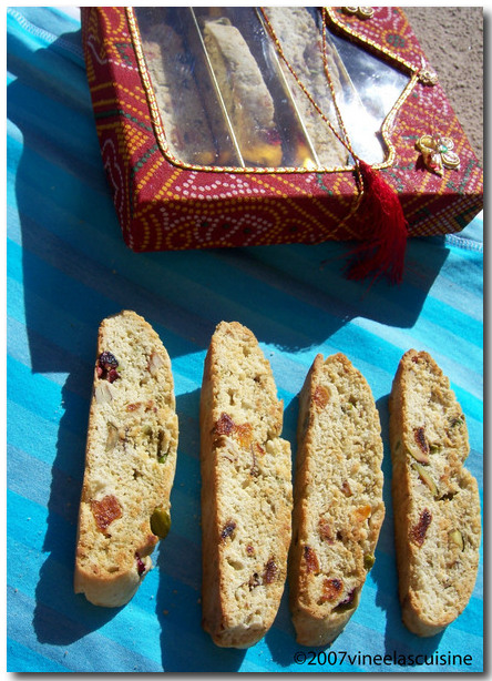 avocado cranberry dreid fruit nut biscotti
